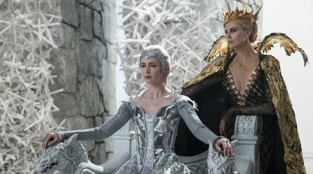 Img trailer Il Cacciatore e la Regina di Ghiaccio
