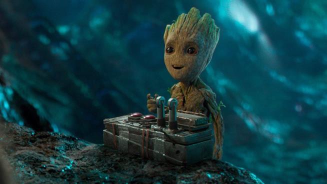 Baby Groot nella scena della bomba