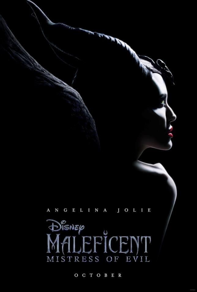 Angelina Jolie nel poster americano di Maleficent: Mistress of Evil
