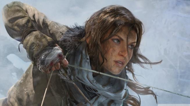 Un primo piano di Lara Croft dalla cover di Rise of the Tomb Raider