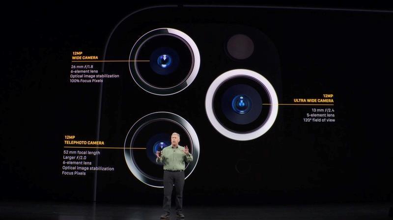 Particolare del modulo fotografico dei nuovi iPhone