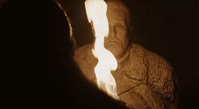 La statua di Jon Snow nella cripta di Grande Inverno