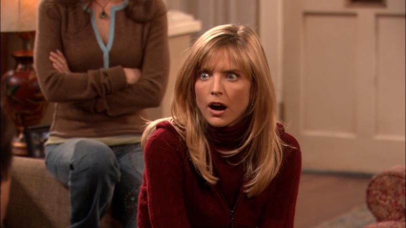 Courtney Thorne-Smith nei panni di Cheryl