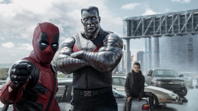 Deadpool, Colosso e Testata Mutante Negasonica in una scena del film