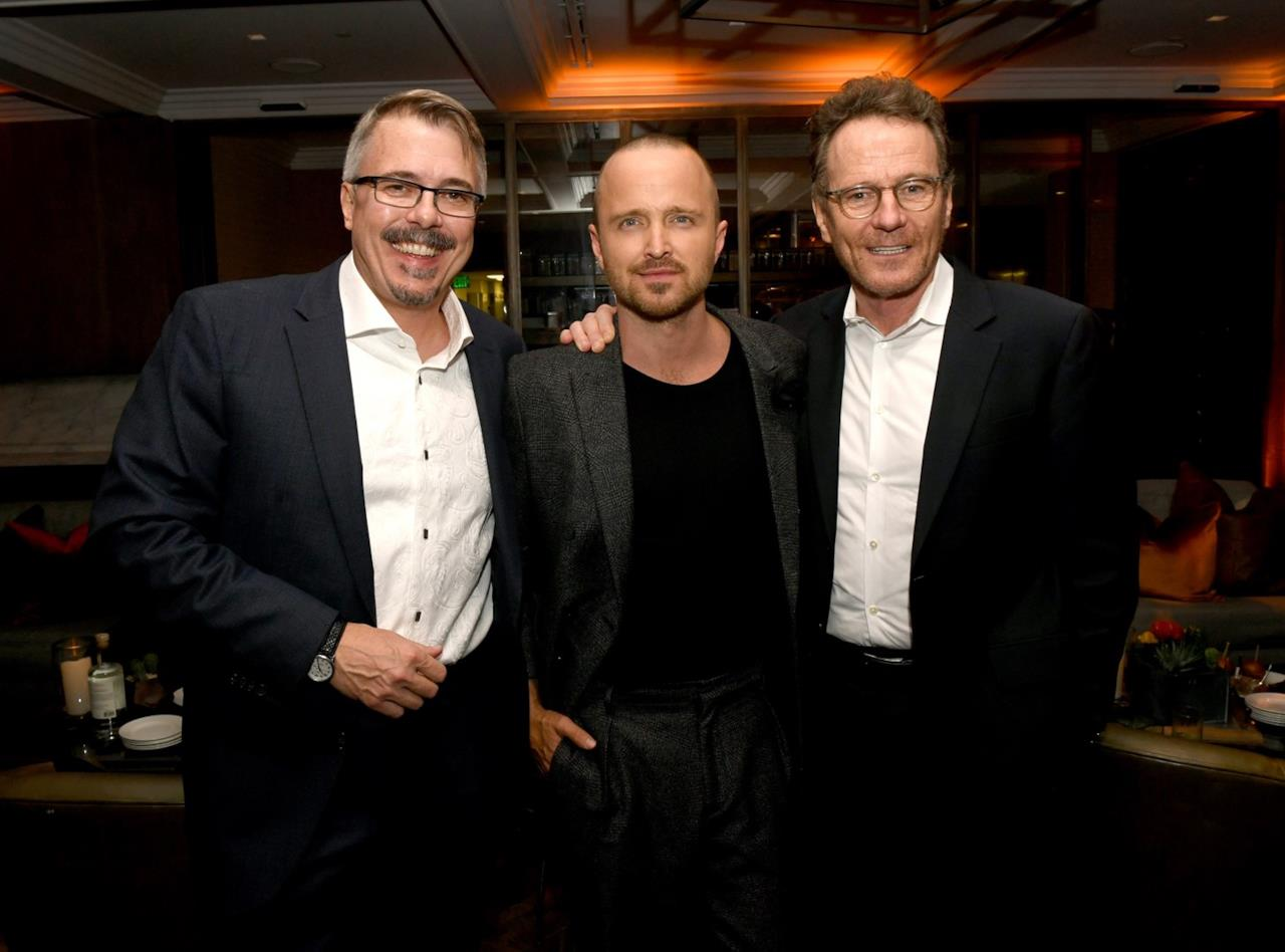Vince Gilligan, regista, insieme agli attori Aaron Paul e Bryan Cranston