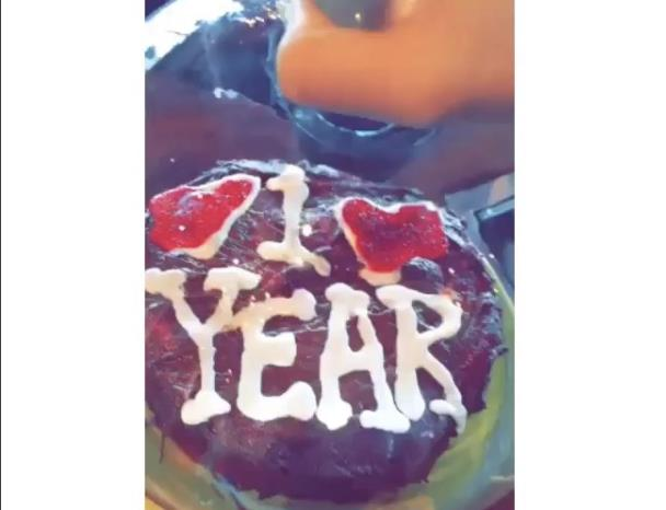 La torta del primo anniversario di Taylor Swift e Calvin Harris
