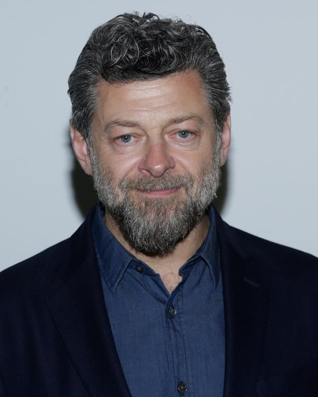 Andy Serkis in primo piano