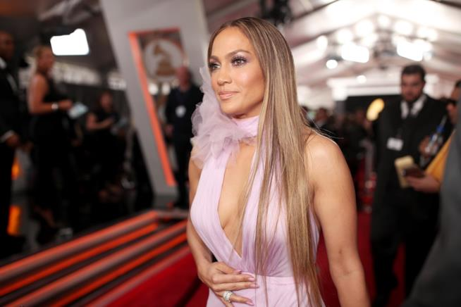 Jennifer Lopez ai Grammy Awards 2017