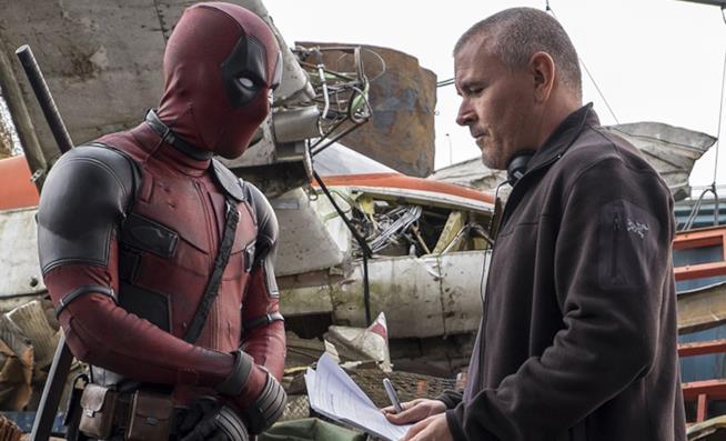 Tim Miller sul set di Deadpool