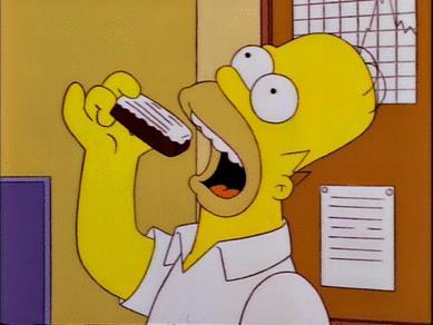 Homer s'ingozza come un'anatra per mangiare