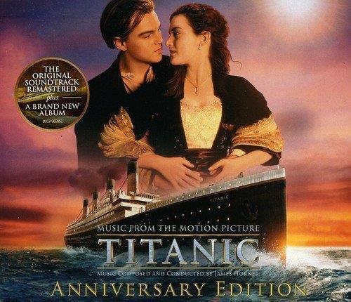 Leonardo DiCaprio e Kate Winslet sulla cover dell'album della colonna sonora di Titanic