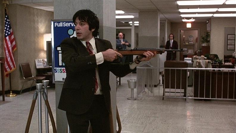 Al Pacino nel film Quel pomeriggio di un giorno da cani
