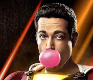 Un primo piano di Zackary Levi nei panni di Shazam nel poster ufficiale del film