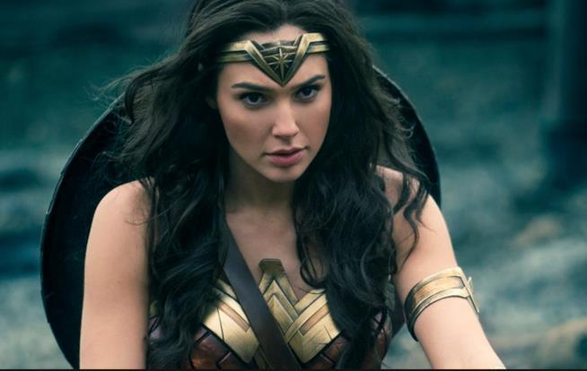 Un primo piano di Wonder Woman