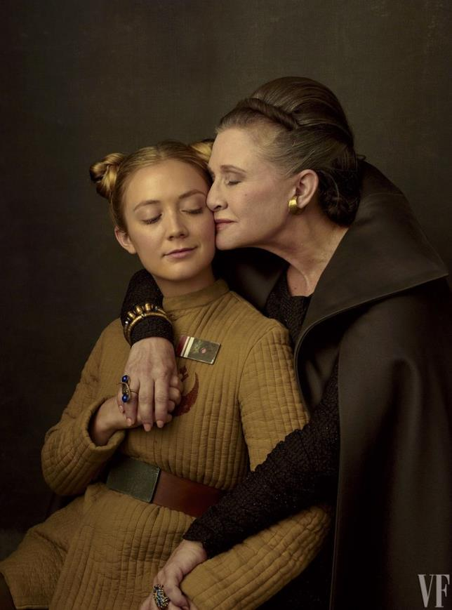 Carrie Fisher posa con la figlia Billie Lourd sul set di Star Wars
