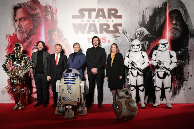 Il cast di Episodio VIII