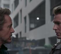 Tony Stark e Steve Rogers in una immagine dall'ultimo trailer di Avengers: Endgame