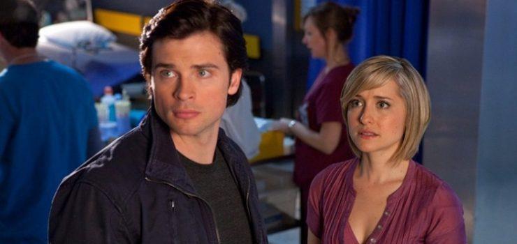 Chloe dietro Clark che fissa qualcosa