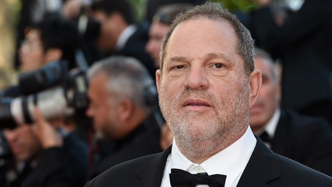 La polizia di New York pronta ad arrestare Weinstein per stupro