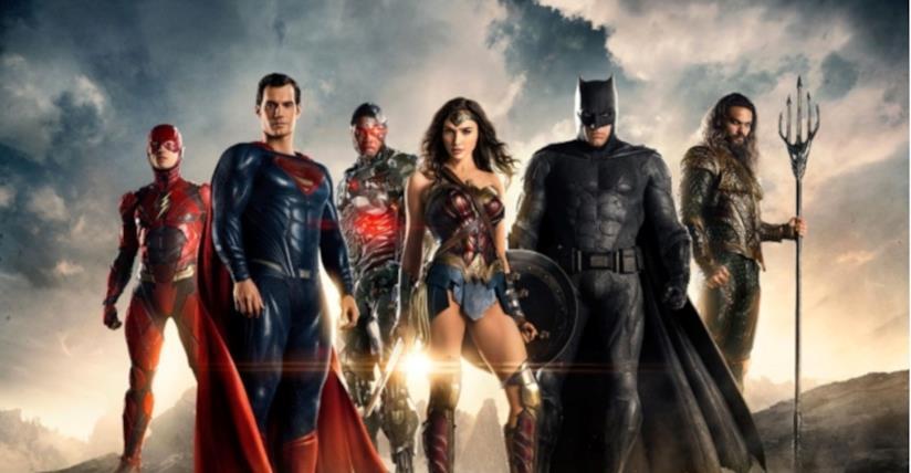 La Justice League composta da Flash, Superman, Cyborg, Wonder Woman, Batman e Aquaman