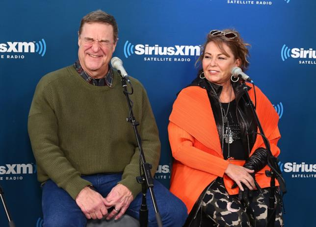 I protagonisti della sit-com John Goodman e Roseanne Barr