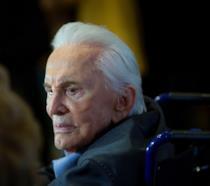 Kirk Douglas ha compiuto 102 anni