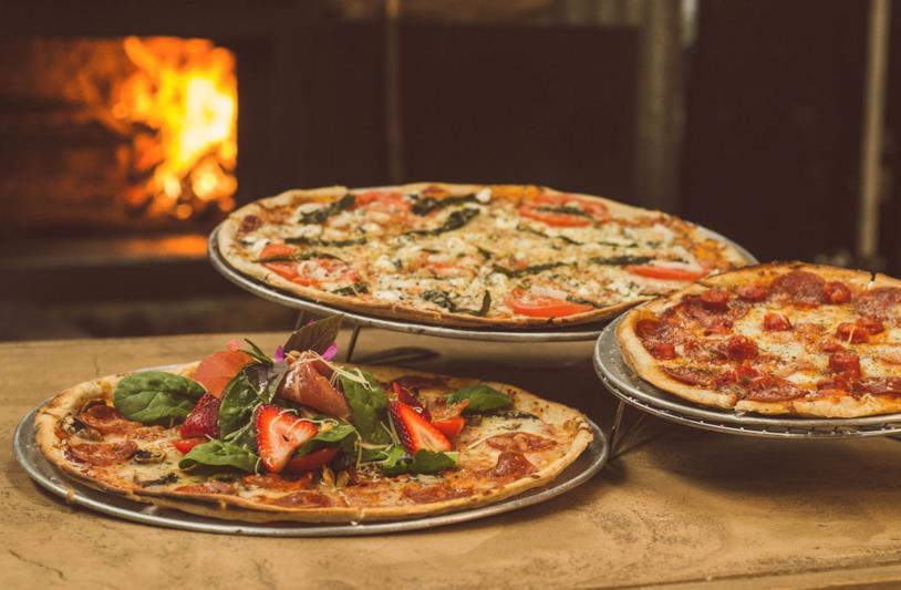 Varie pizze alla frutta