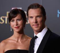 Primo piano di Benedict Cumberbatch e di sua moglie Sophie Hunter