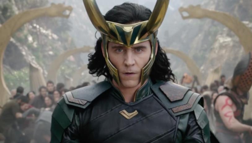 Tom Hiddleston nei panni di Loki