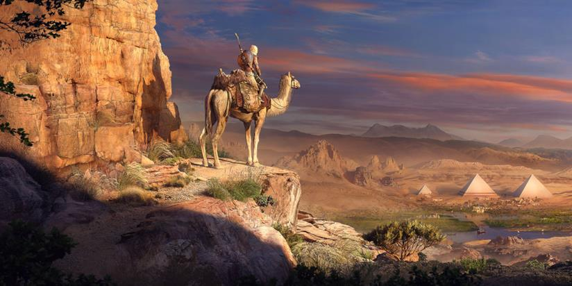 Bayek cavalca un cammello in Assassin's Creed Origins