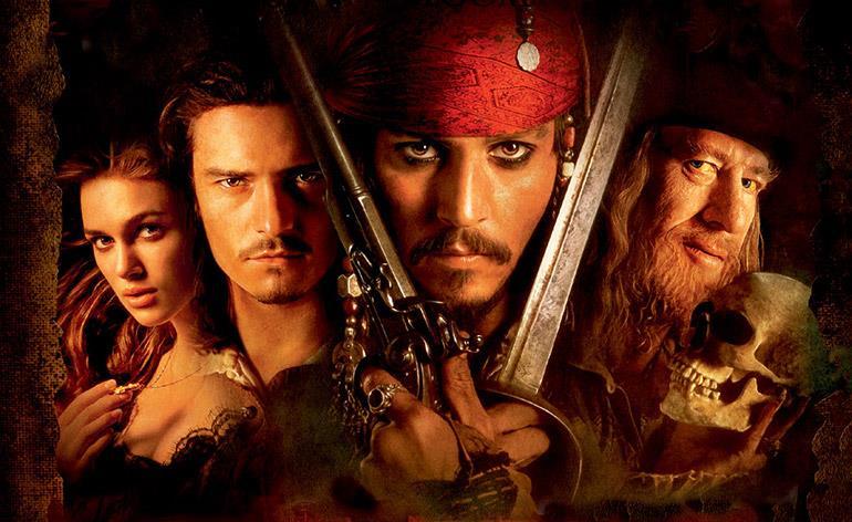 Jack Sparrow e i protagonisti di Pirati dei Caraibi - La maledizione della prima luna