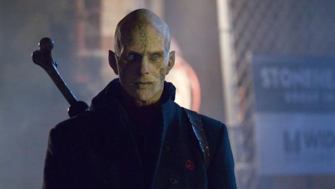 Il vampiro mezzosangue Quinlan, protagonista dell'episodio