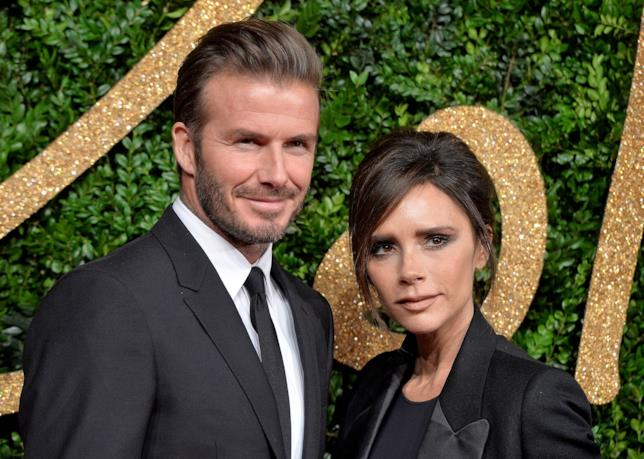 Primo piano di David Beckham e Victoria