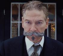 I baffi di Poirot nel film Assassinio sull'Orient Express del 2017