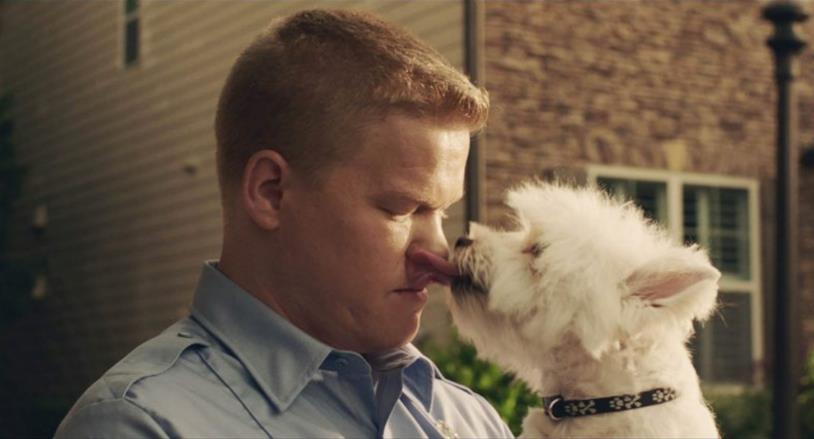 Jesse Plemons e il suo cagnolino