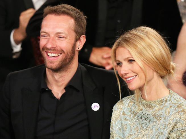 Primo piano di Gwyneth Paltrow e Chris Martin felici