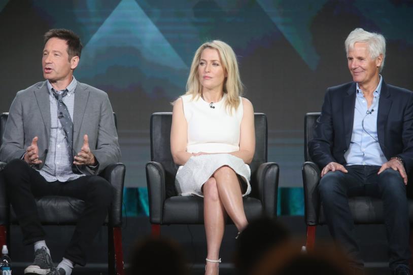 David Duchovny e Gillian Anderson con il creatore di X-Files, Chris Carter