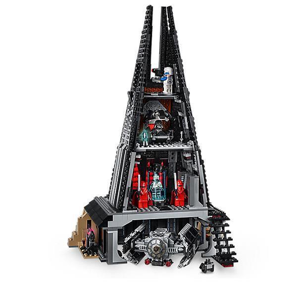 Dettagli delle quattro sezioni del set LEGO Il Castello di Darth Vader