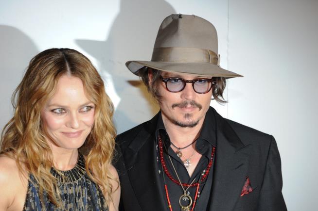 Primo piano di Johnny Depp e Vanessa Paradis