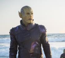 Un primo piano di Brie Larson nei panni di Carol Danvers in un poster di Captain Marvel