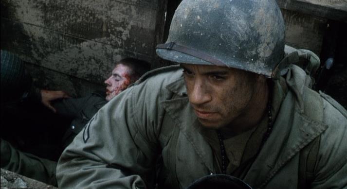 Vin Diesel in una scena Salvate il soldato Ryan