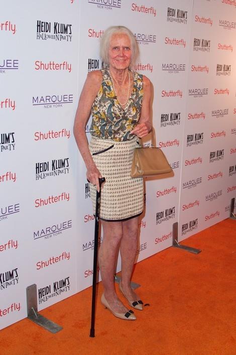Heidi Klum travestita da anziana nel 2013