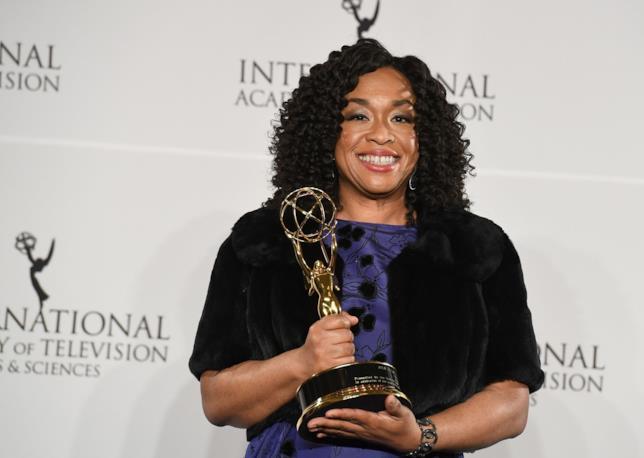Shonda Rhimes premiata agli International Emmy Awards