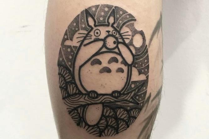 Tatuaggio Totoro 2