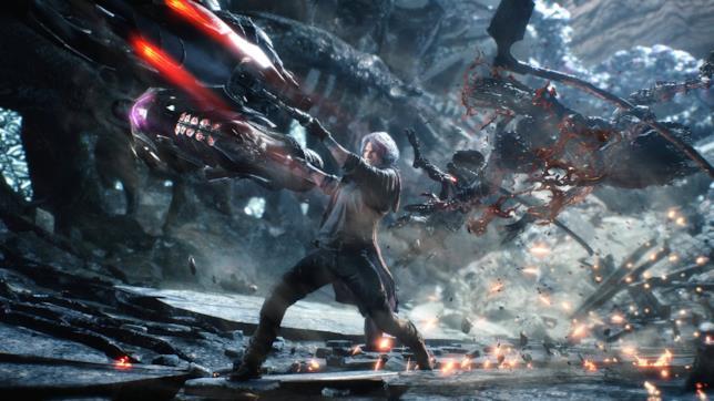 Dante in azione in Devil May Cry 5