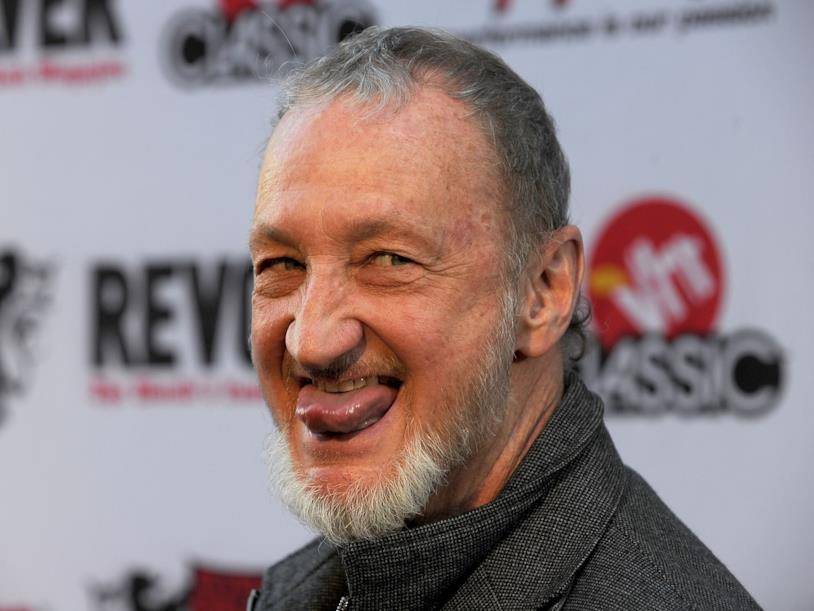 Freddy Krueger è interpretato dal mitico Robert Englund