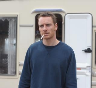 Michael Fassbender in una scena dal film Codice Criminale