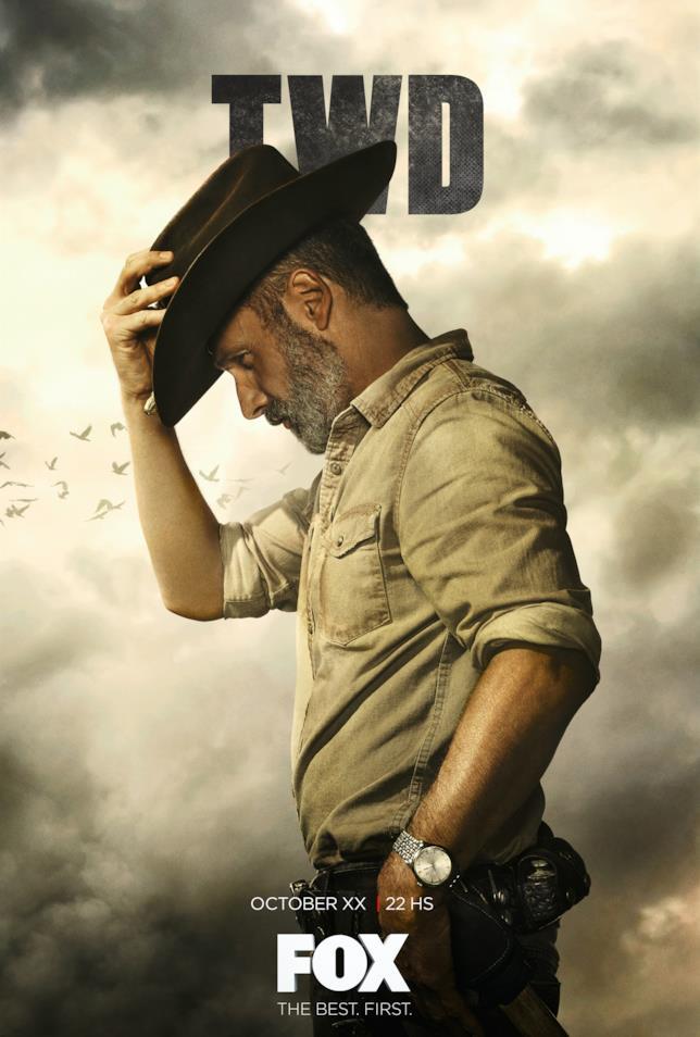 Rick Grimes saluta i fan con un poster