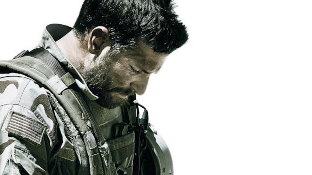 Bradley Cooper nel poster di American Sniper