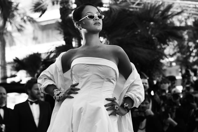 Rihanna sul red carpet di Cannes 70